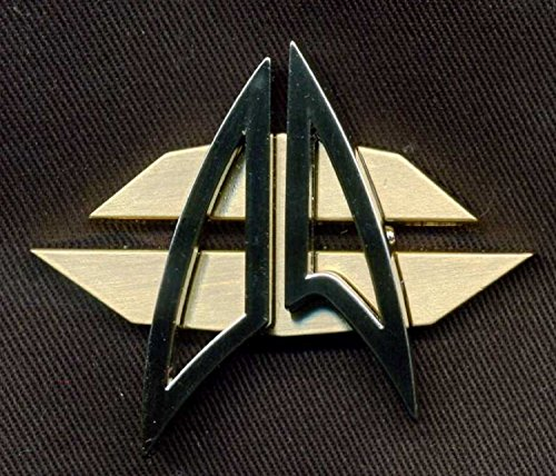 Communicator Badge in Star Trek - Renegades (2015)