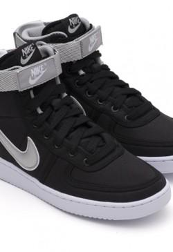 Nike schoenen in Terminator Genisys 2015
