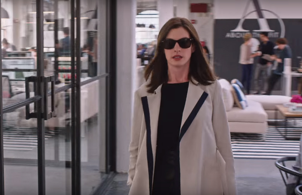 Zonnebril Anne Hathaway in The Intern (2015)