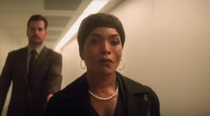 Parel ketting Angela Bassett in Mission: Impossible – Fallout (2018)